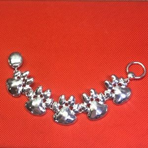 Jewelry - Paw Bracelet in silver color